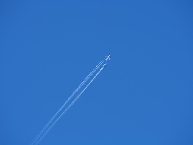 20140319青空と飛行機