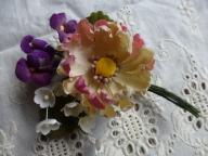 三種の布花のミニブーケ