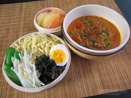 トマト担々つけ麺弁当01