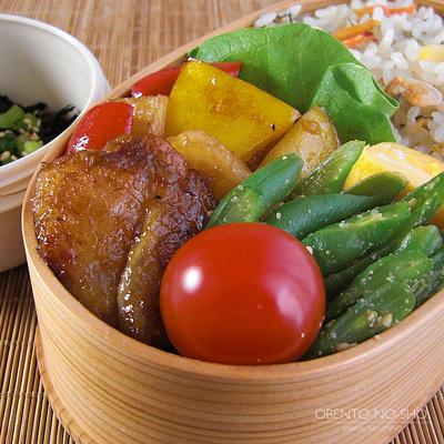 カルディの桜えび炊き込みご飯弁当04