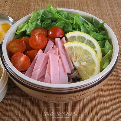 サラダ蕎麦レモンごまつゆ添え弁当02