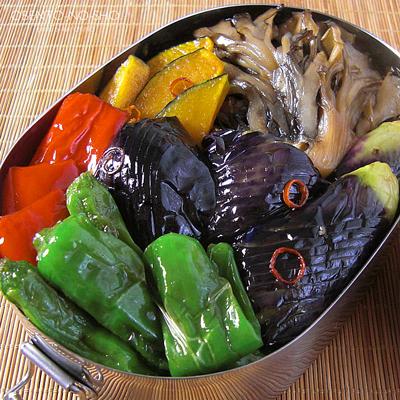 野菜の揚げ浸しきしめん弁当02