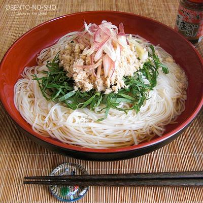 えぼ鯛胡麻そぼろの素麺*おウチご飯02