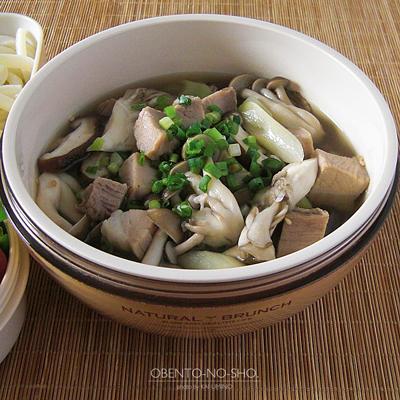 塩豚と茸汁うどん弁当02