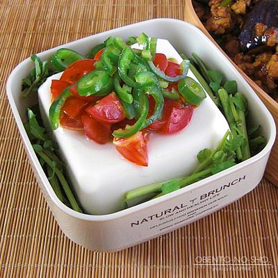 青唐辛子の麻婆茄子丼弁当03