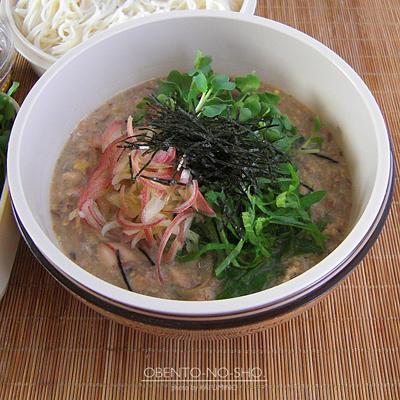 さば缶の冷や汁素麺弁当02