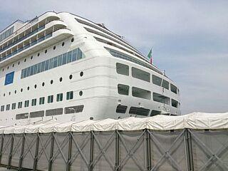豪華客船NO3