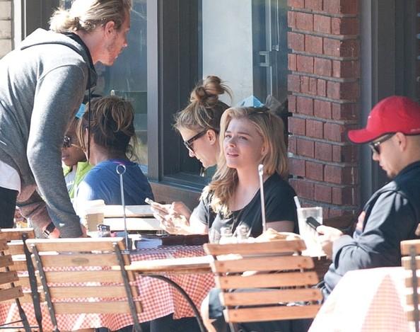 Chloe+Grace+Moretz+Chloe+Grace+Moretz+Gets+s4fMDX8YpGSl.jpg