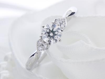 ハート♡エンゲージリング(婚約指輪)