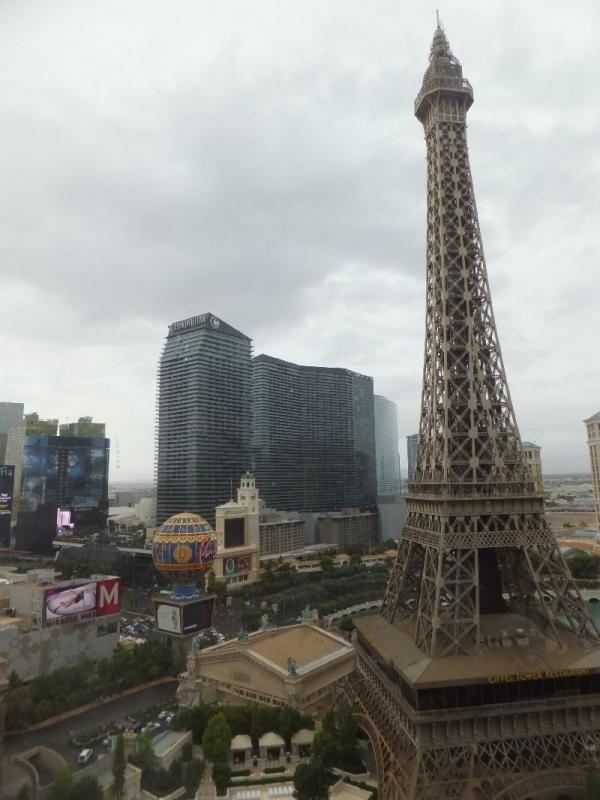 ParisCreperie_000_org.jpg