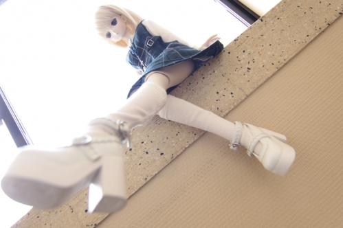 窓辺にて10