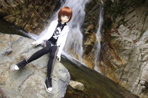 無名滝にて4