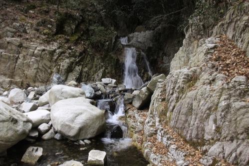 無名滝近景