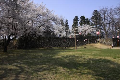 飯山城址公園園内