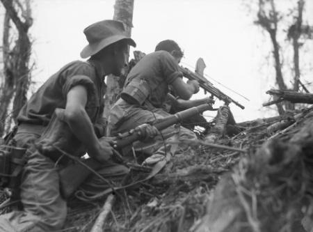 Aust_soldiers_Wewak_June_1945.jpg