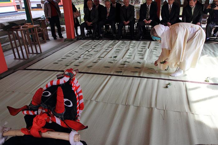 畝火山口神社 御田植祭4