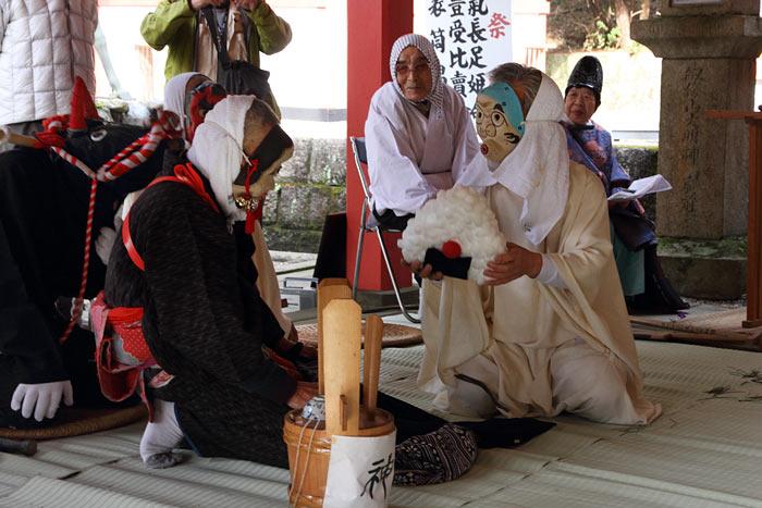 畝火山口神社 御田植祭3