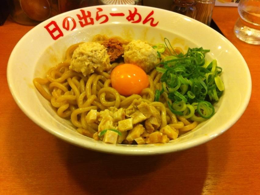 日の出ガッツ麺1