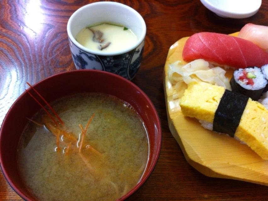 田舎寿司味噌汁