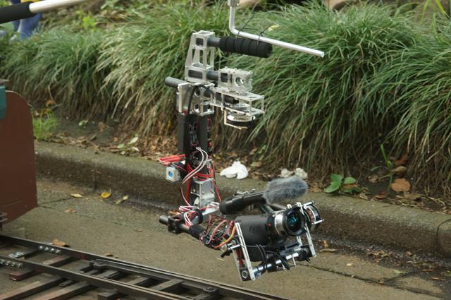 アレックスモス3軸ジャイロ 3-axis brushless gimbal Alex Mos 車載 on the CAR TRAIN