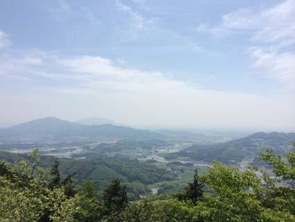 雨巻山展望台から20140503