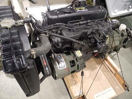 6案外でかいM151のエンジン