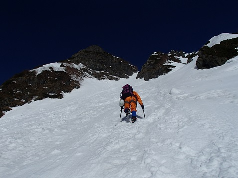 中又白谷を登る