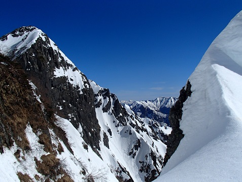 4峰正面壁と表銀座