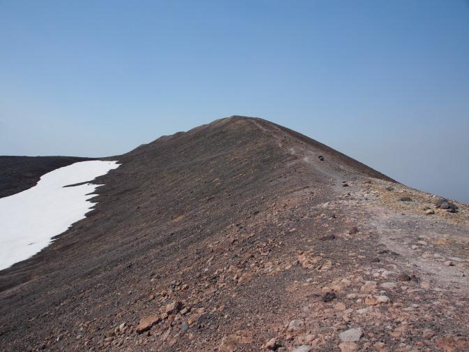 東山山頂まで約300m
