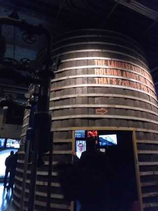 樽の中で、