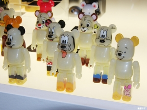BE@RBRICK WOW!