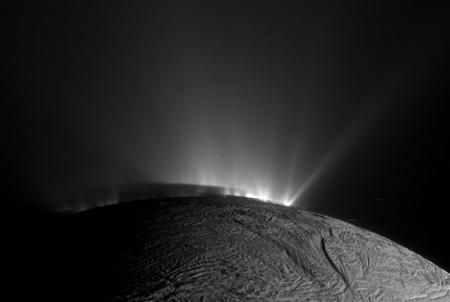 enceladusshadow_cassini_960.jpg
