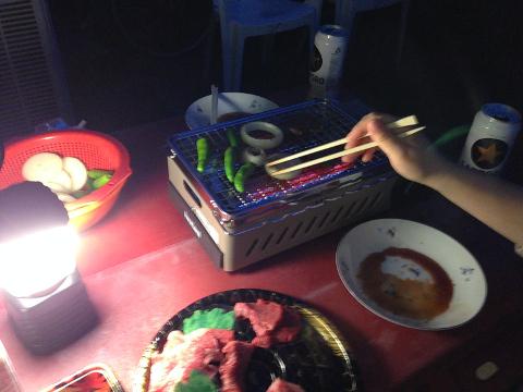 屋外晩餐02