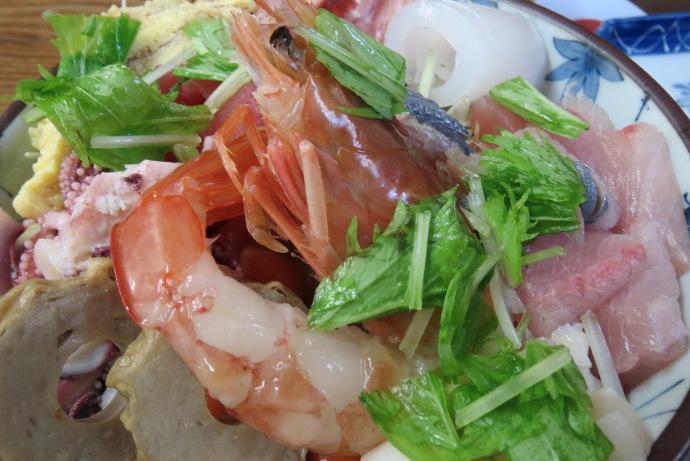 海鮮丼11
