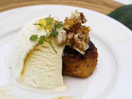 イチジクとカマンベールノフレンチトースト