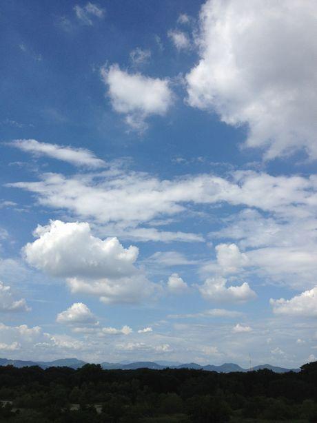 雲もくもくIMG_2055