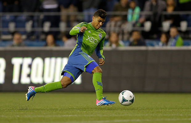 WP-SoundersDeAndreYedlin.jpg