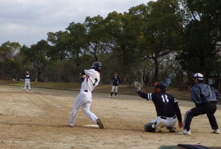 PC2110746回表2死三塁から6番北村弟が中前打を放ち3対3の同点