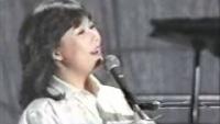 みずいろの雨 Live - 八神純子♪ぽっちゃり顔が艶めかしい!