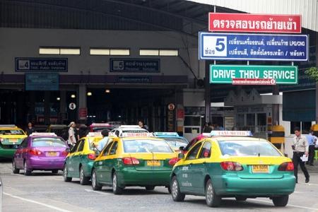 タイ タクシー運賃値上げならず画像