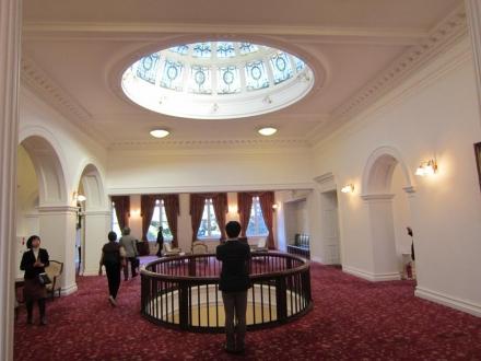 2階ホール③
