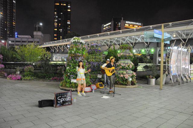 Spoon駅前路上ライブ6