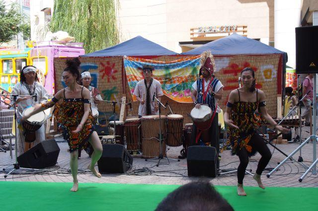 AonA 夏の芸術祭2013のライブ