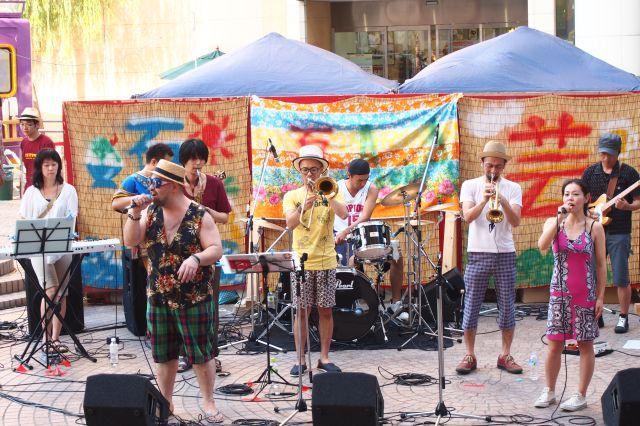 AonA 夏の芸術祭2013のライブ5