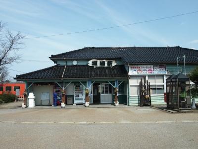 城端駅駅舎