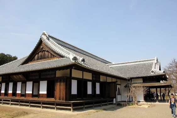 全面復旧した弘道館