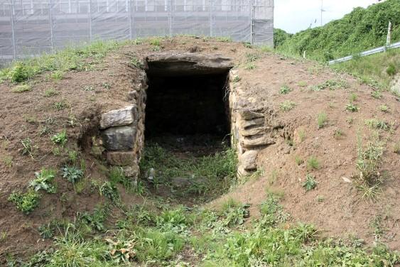 復元された横穴式石室