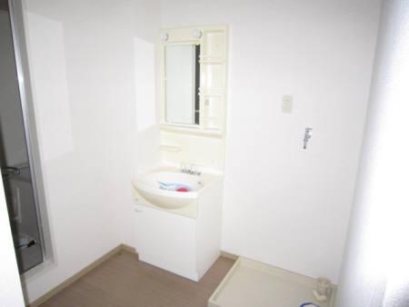 洗面室102
