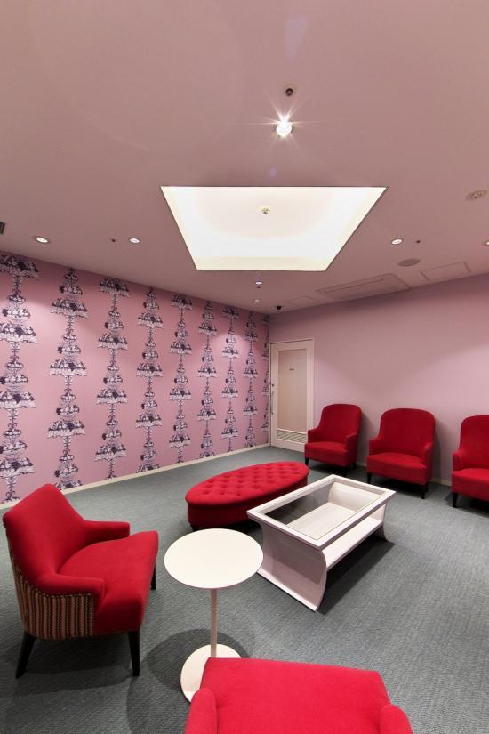 女性待合室2