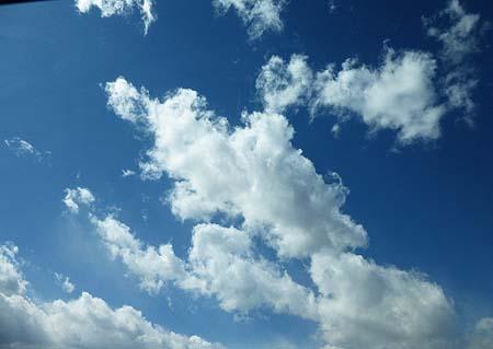 雲の流れ早く!